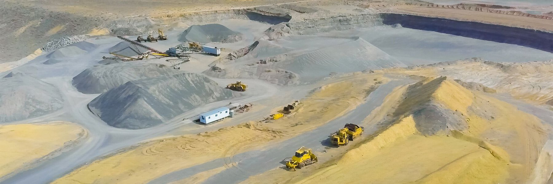 Benson Bros machinery in gravel pit